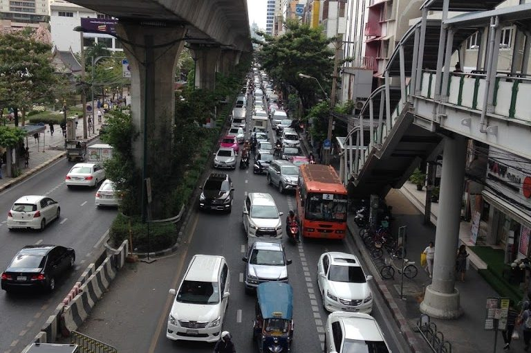 COLDPLAY DAN MACET BANGKOK